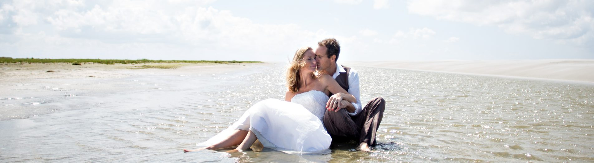 Loveshoot & Trash the dress  I  Schiermonnikoog